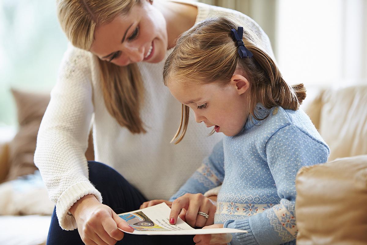 Regalar libros a los niños Estrella Flores-Carretero